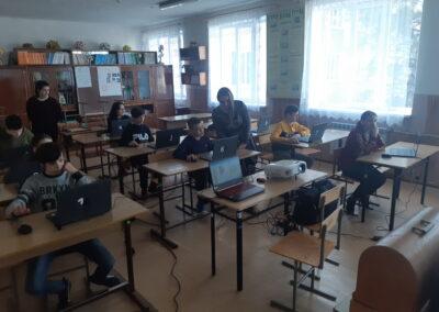 В классе с ребятами